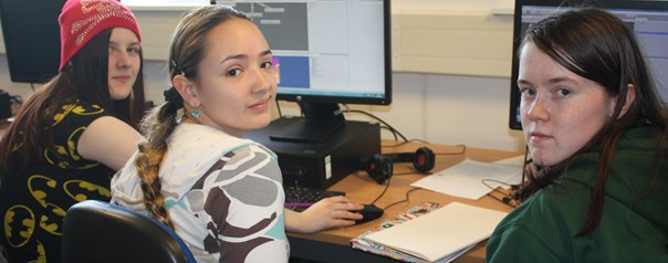 Female pupils take up college computing opportunity