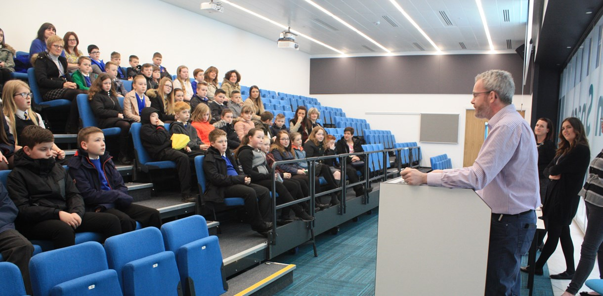 Kilmaurs Primary School Pupils visit Ayrshire College for their Developing the Young Workforce week