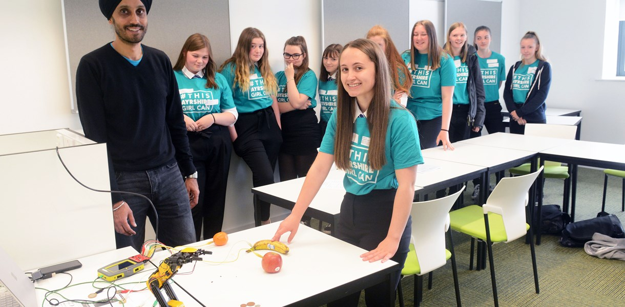 Ayrshire College gets more Girls into Engineering